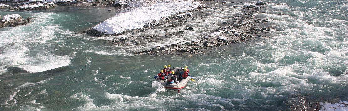 winter-rafting